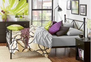 Cozy Couple: Beds & Bedding