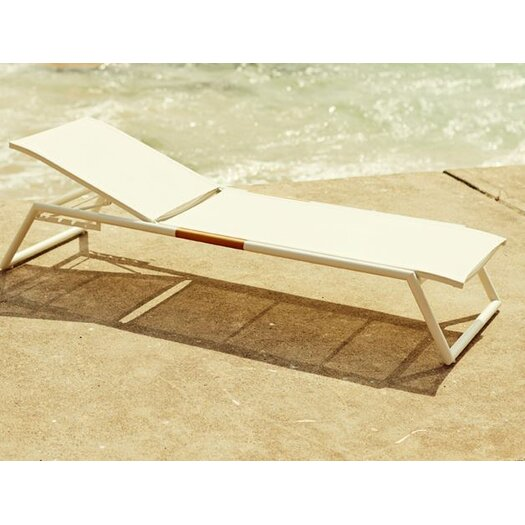 Harbour Outdoor Breeze Stacking Sun Chaise Lounge