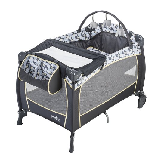 Evenflo Portable Raleigh BabySuite Deluxe Playard