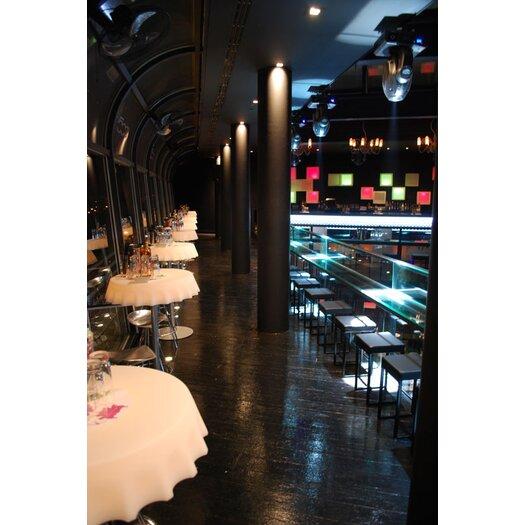 Slide Design Fizzz Dining Table