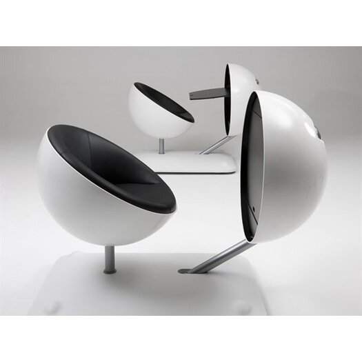 Artifort Globus Flexible Writing Desk