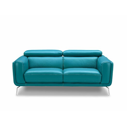 Sprint Loveseat