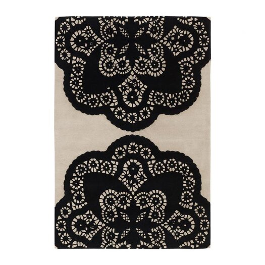 Tufted Pile Ebony/Cream Doily Rug