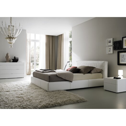 Touch Platform Bed
