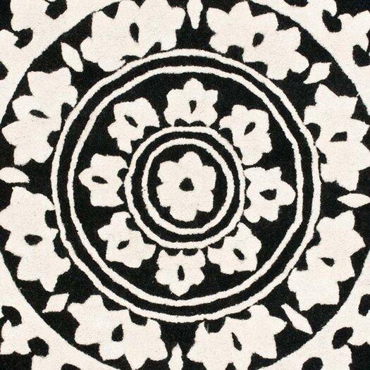 Safavieh Soho Black & Ivory Area Rug