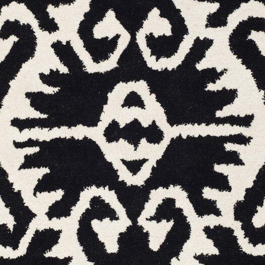 Safavieh Wyndham Black & Ivory Area Rug