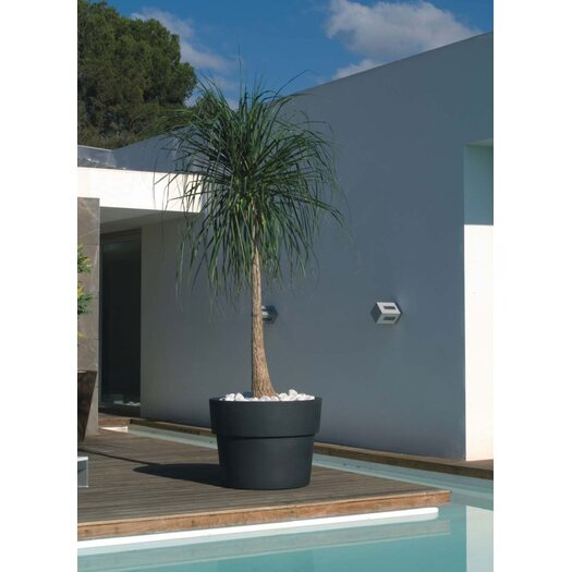 Vondom Vaso Fang Round Flower Pot Planter
