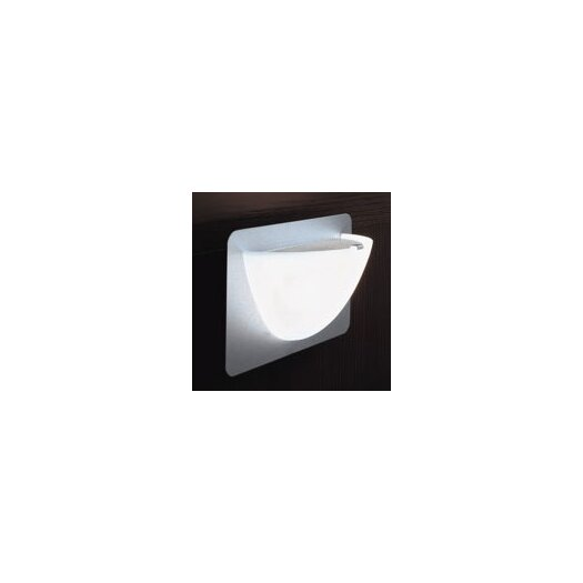 Zaneen Lighting Willy 1 Light Wall Sconce