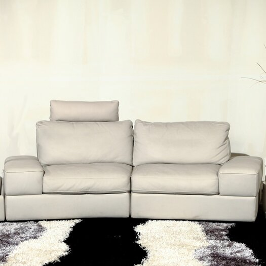 Beverly Hills Furniture Modi Leather Sectional