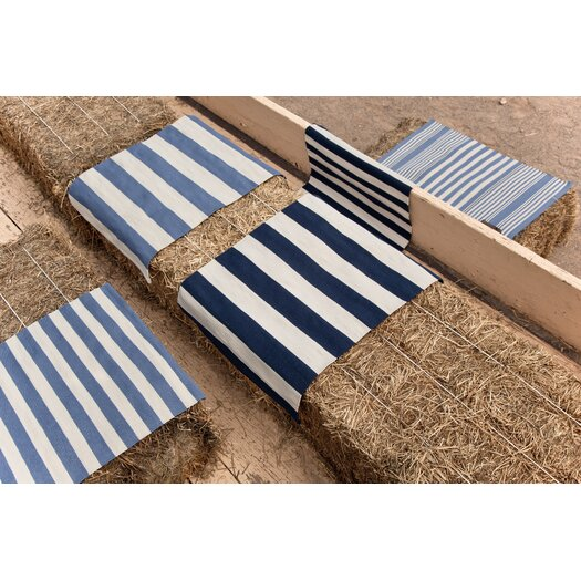 Dash and Albert Rugs Catamaran Ivory / Navy Blue Striped Indoor / Outdoor Area Rug