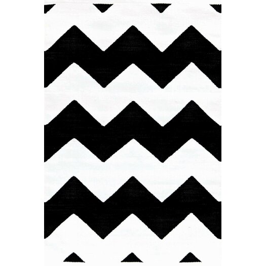 Dash and Albert Rugs Chevron Black / White Indoor / Outdoor Area Rug
