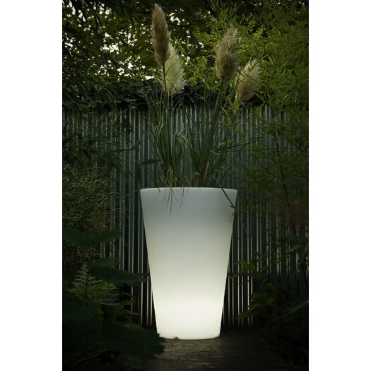 Serralunga Liscio Siena Planter with Light