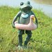 Beach Buddy Frog Statue