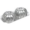 <strong>Nordicware</strong> Seasonal 3D Great Pumpkin Bundt Pan