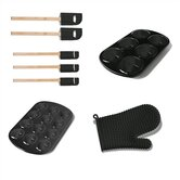 8 Piece Muffin Pan / Utensil Set