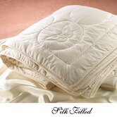 100% Egyptian Cotton Shell Silk Filled Comforter in Cream