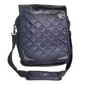 Martin Universal Design Messenger Bags