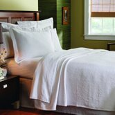 Matelassé Coverlet in Butterfield