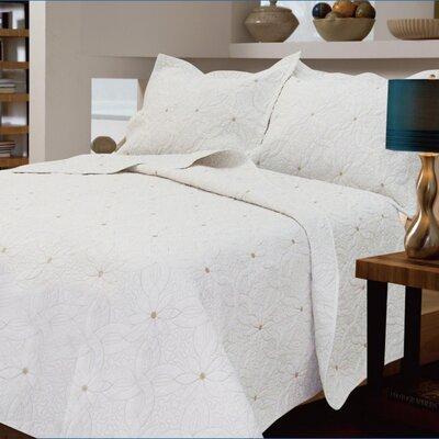 Textiles Plus Inc. Daisy Chain Quilt Collection