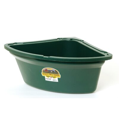 Miller Mfg Corner Horse Feeder in Green - 26 Quart