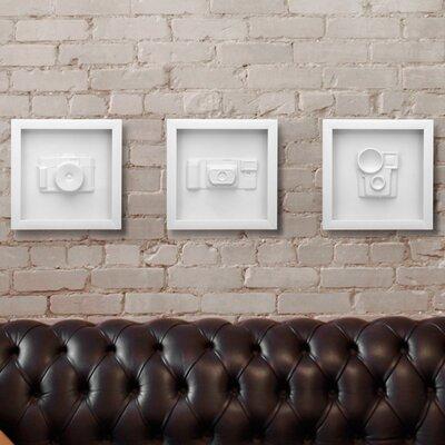 Umbra 3 Piece Candid Vintage Camera Wall Décor Set