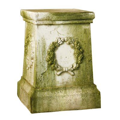 OrlandiStatuary Wreath Outdoor Pedestal
