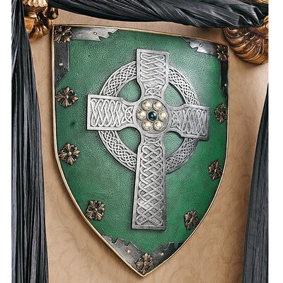 Design Toscano Celtic Warriors Sculptural Wall Shield