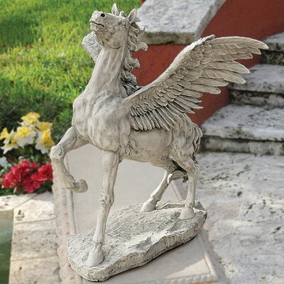 Design Toscano Grand Pegasus Winged Horse Statue