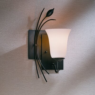 Hubbardton Forge Leaf Left Wall Sconce