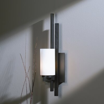 Hubbardton Forge Ondrian 1 Light Wall Sconce