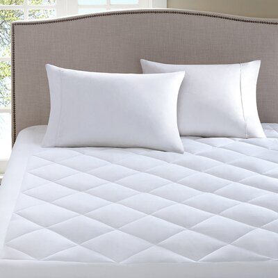 <strong>JLA Basic</strong> Vinyl Waterproof Mattress Pad