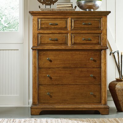 Stanley Furniture The Classic Portfolio Bungalow 7 Drawer Chest