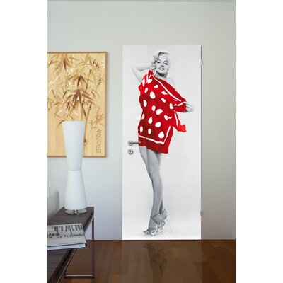 Ideal Decor Marilyn On the Beach Wall Mural