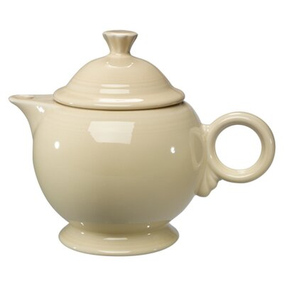 Fiesta Cookware® 44 Oz Covered Teapot