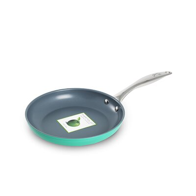 Fiesta Cookware® Non-Stick Frypan with Lid