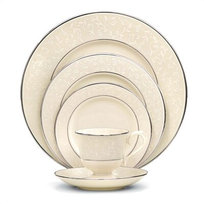 Pearl Innocence 5 Piece Place Setting