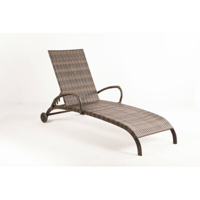 Tutto All Weather Wicker Chaise