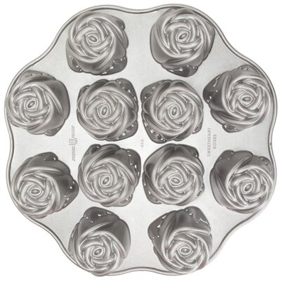 Platinum Sweetheart Rose Muffin Pan