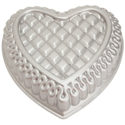 Nordicware Platinum Quilted Heart Bundt Pan