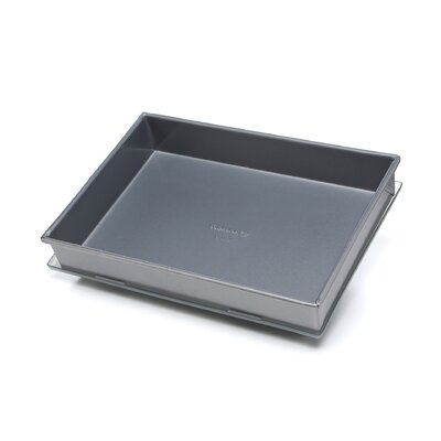 "Calphalon Nonstick 9"" x 13"" Covered Cake Pan"