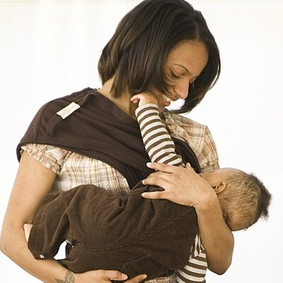 Slurp & Burp Baby Bond Small / Medium Flex Nursing Cover with Removable Burpcloth in Chocolate