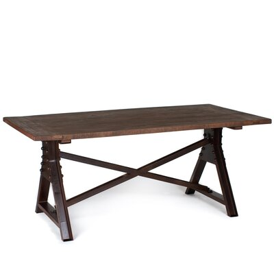 CG Sparks Dining Table