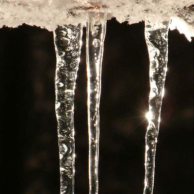Wildon Home ® Handcrafted Recycled Glass Icicle Ornament (Pack of 20)