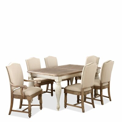 Riverside Furniture Coventry Dining Table