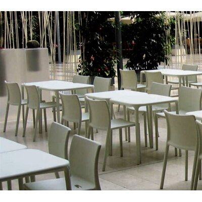 Magis Air-Table 5 Piece Outdoor Dining Set