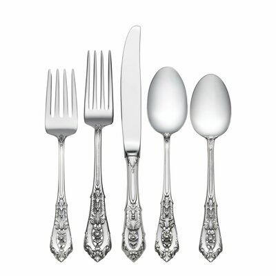 Wallace Rose Point 5 Piece Flatware Set with Dessert Spoon