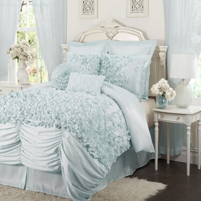 Lucia Bedding Collection