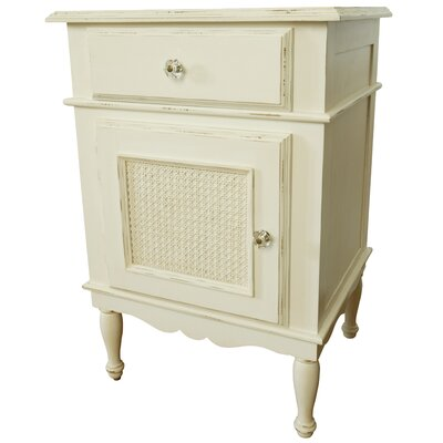 Newport Cottages Celine 1 Drawer Nightstand