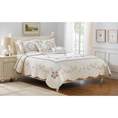 American Mills Genevieve Bedding Collection