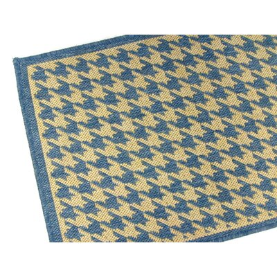 American Mills Houndstooth Blue Indoor/Outdoor Rug